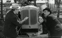 Totò peppino e la malafemmina - il trattore